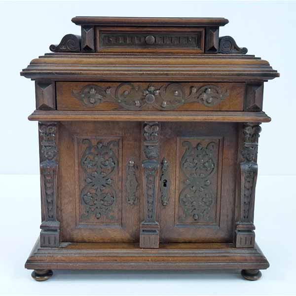 Antike Miniatur Möbel -Ankauf Weiss München